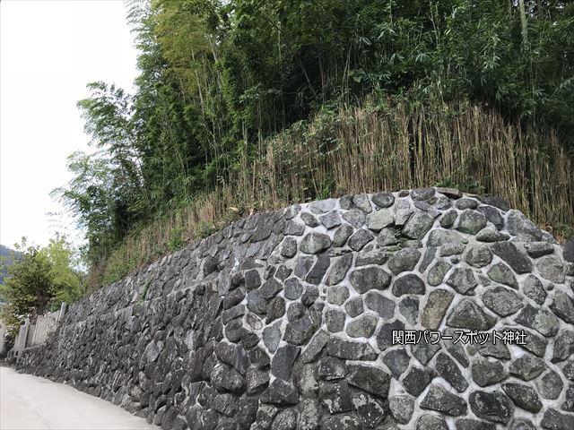 瓢箪山稲荷神社が古墳であることがわかる