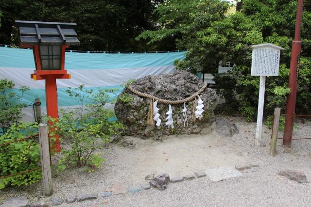下鴨神社「さざれ石」