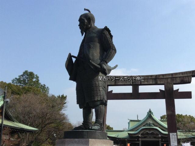 豊国神社の豊臣秀吉像