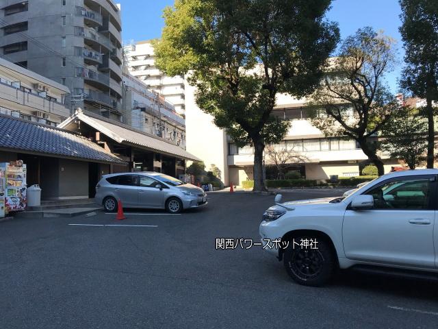 生田神社の駐車場