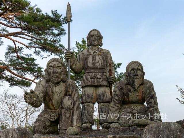 ニニギノミコト像(国見ヶ丘)
